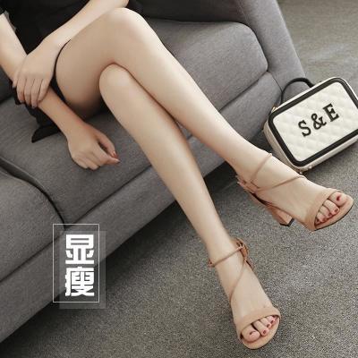粗跟高跟鞋女夏季新款2018韩版圆头网红百搭绒面露趾一字扣带凉鞋