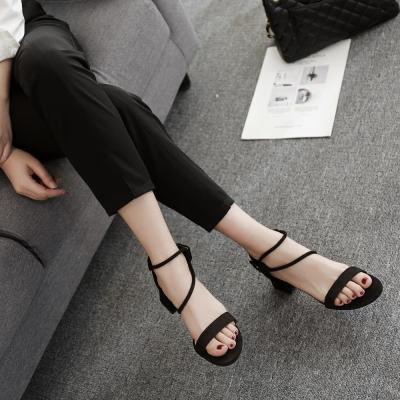 2018夏季新款粗跟高跟鞋女韩版圆头网红百搭绒面露趾一字扣带凉鞋