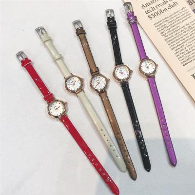 红色手表女款时尚细带小巧迷你气质小表盘学生简约韩版皮带女表潮